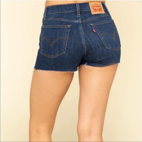 Levi's High Rise Stretch Shorts Raw Hem Shorts 12
